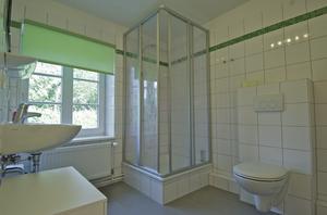 Ferienhaus Glashütte, Blick ins Badezimmer, Schleswig-Holsteinische Landesforsten